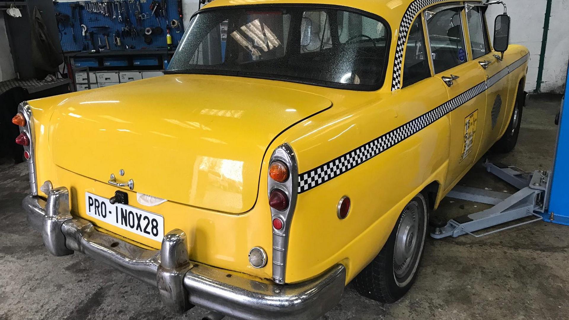Proinox28- Échappement Checker Taxi New York